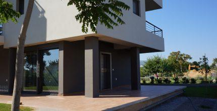 Δύο νέες πενταόροφες πολυκατοικίες με πυλωτή και υπόγειο Χελμού-Ήβης-Θρασυβούλου, Χαλάνδρι Κ2