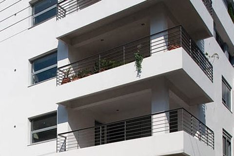 2006: Συγκρότημα κατοικιών στο Πολύδροσο Αμαρουσίου